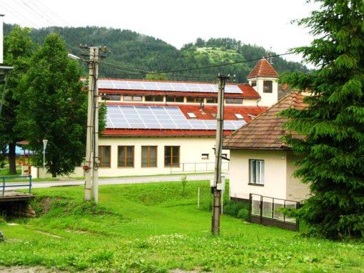 FVE 16kWp na streche Obecného úradu Vlachy, okr. Liptovský Mikuláš